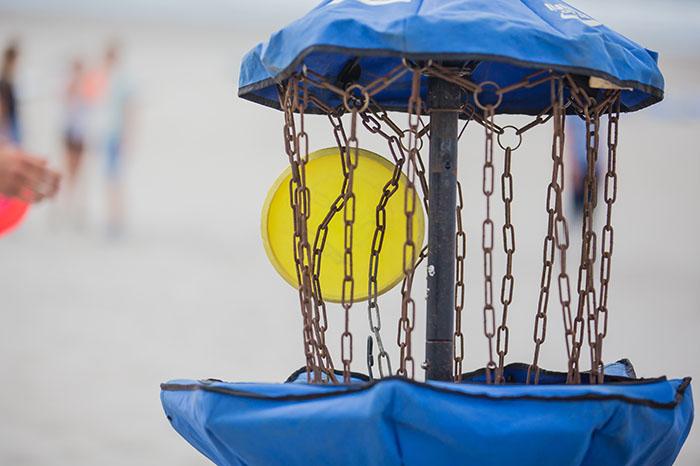 Discgolf op het strand