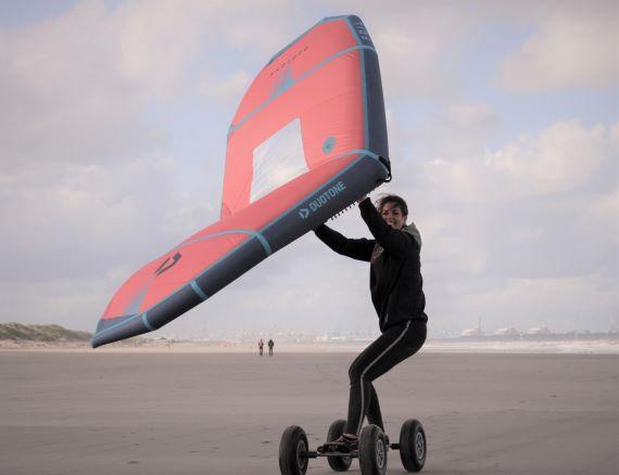 wingboarden_dame1